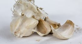 12 Surprising Health Benefits of Garlic